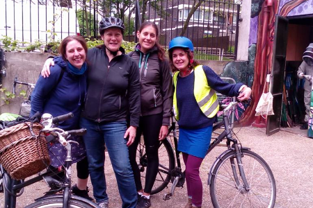 Women-Fix-It offers free bike maintenance courses and lead rides to women in Camberwell, South London.  Project coordinator, Annie Griffiths set up the project out of a desire to change the gender gap - both in the bike workshop and on the roads.